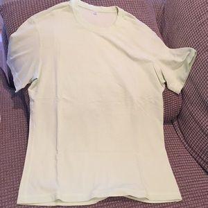 Lululemon men's lime green tshirt